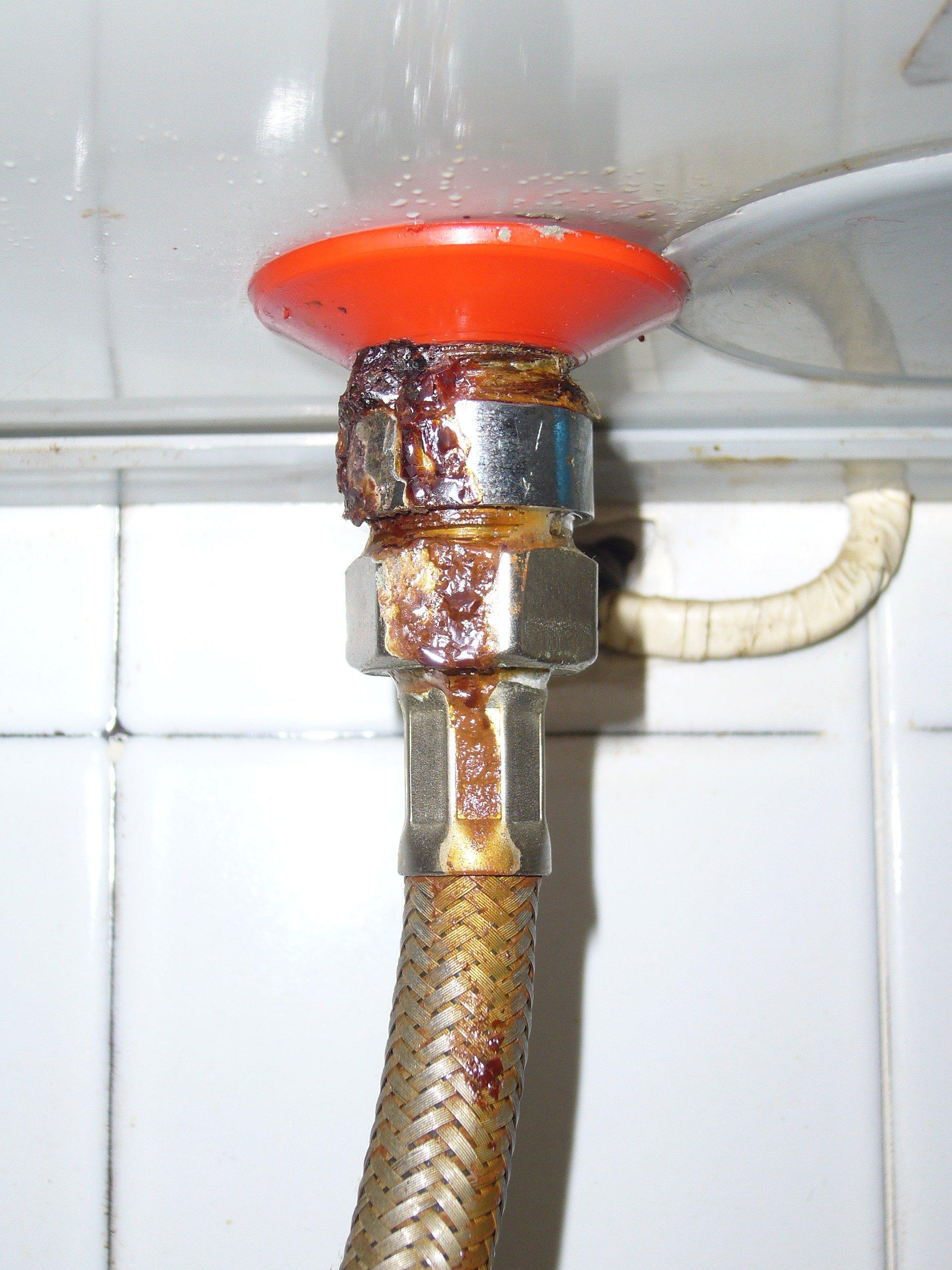 Sostituire uno scaldabagno - Come funziona lo scaldabagno elettrico ...