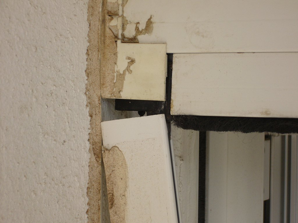 Come smontare zanzariera a incasso fare di una mosca - Zanzariera porta finestra fai da te ...