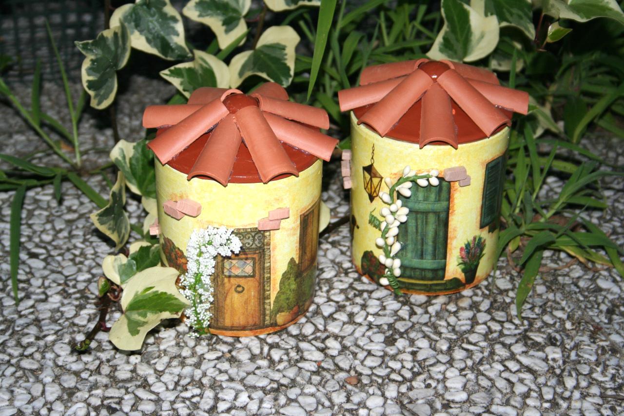 Barattoli casette portatutto for Vasi terracotta usati