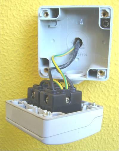 Presa elettrica esterna montare motore elettrico - Prese elettriche esterne ...
