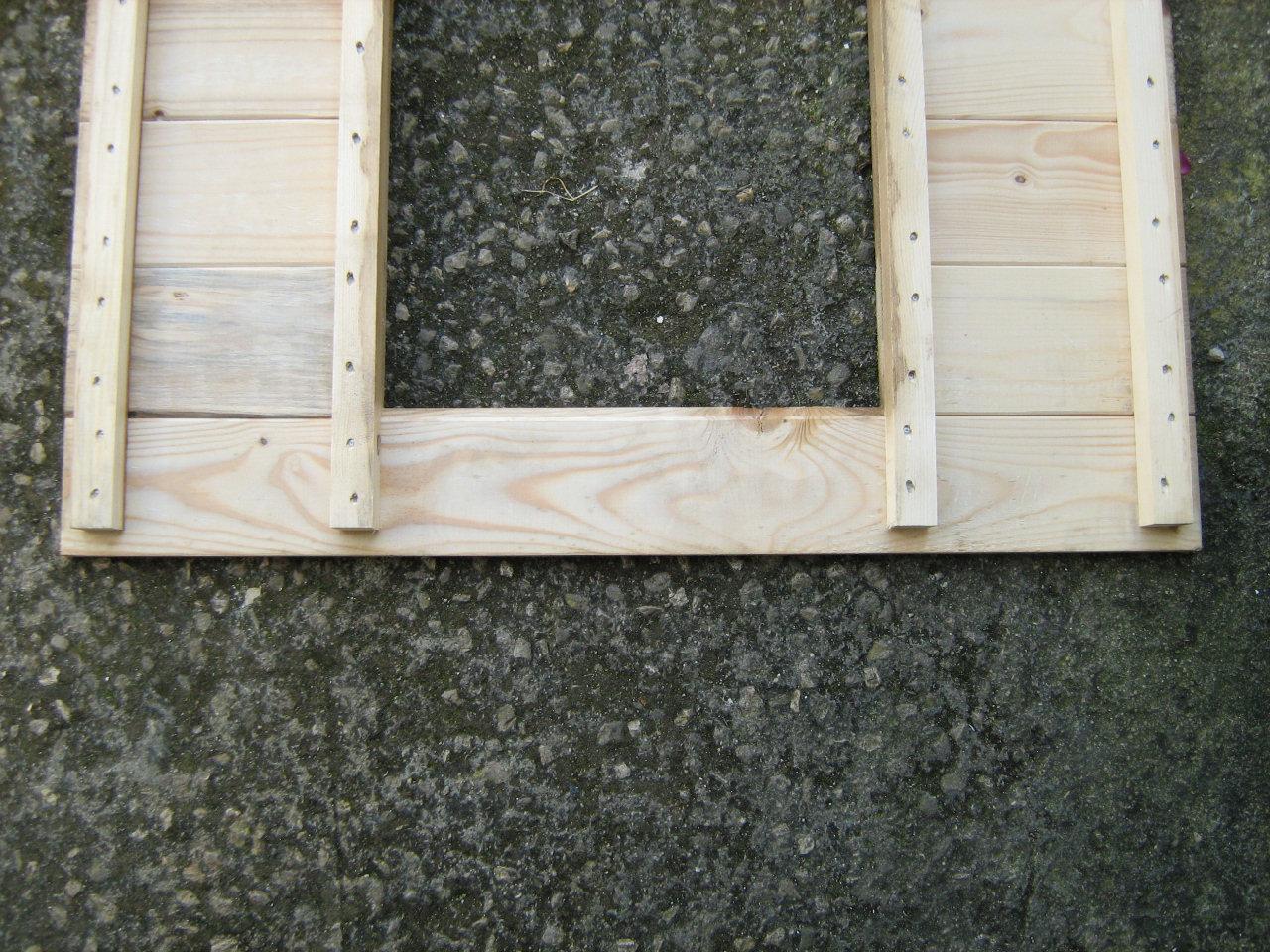 Pannello in legno per lettino cane le migliori idee per for Cuccia cane ikea