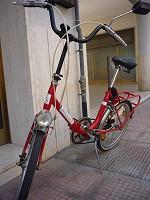 Particolare manubrio bicicletta stile Graziella